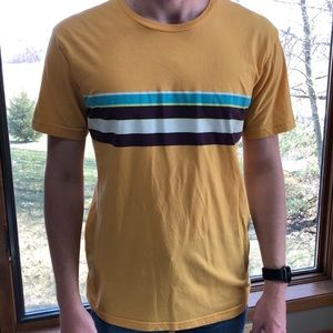 Yellow t-shirt w/ stripes